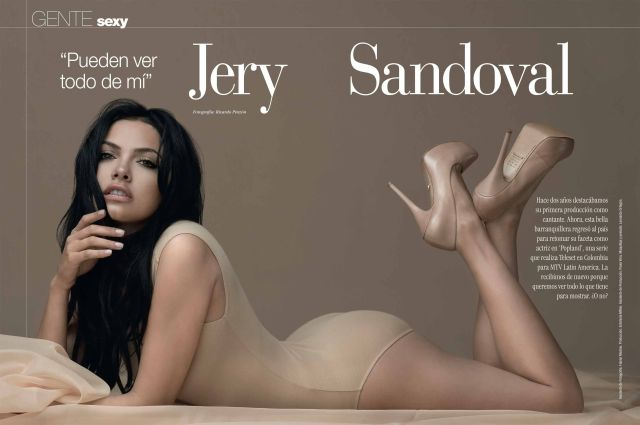 Jery Sandoval awesome cleavages 1