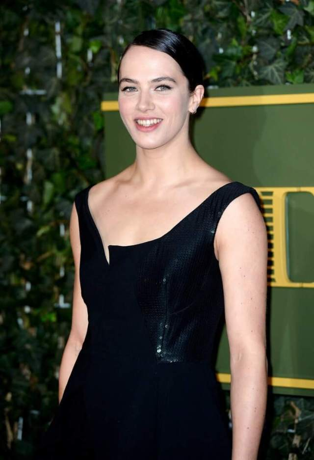 Jessica Brown Findlay hot pciture (2)