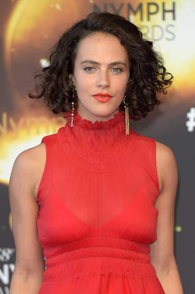Jessica Brown Findlay sexy pictures (2)