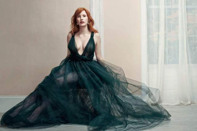 Jessica Chastain busty hot