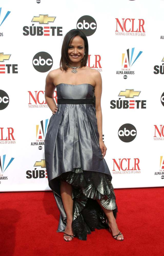 Judy Reyes awesome dress pic