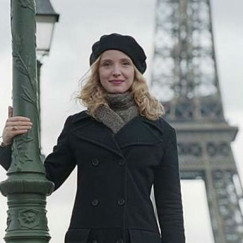 Julie Delpy awesome pictures (2)