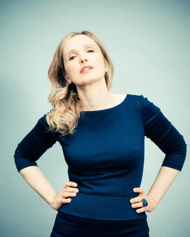 Julie Delpy awesome pictures