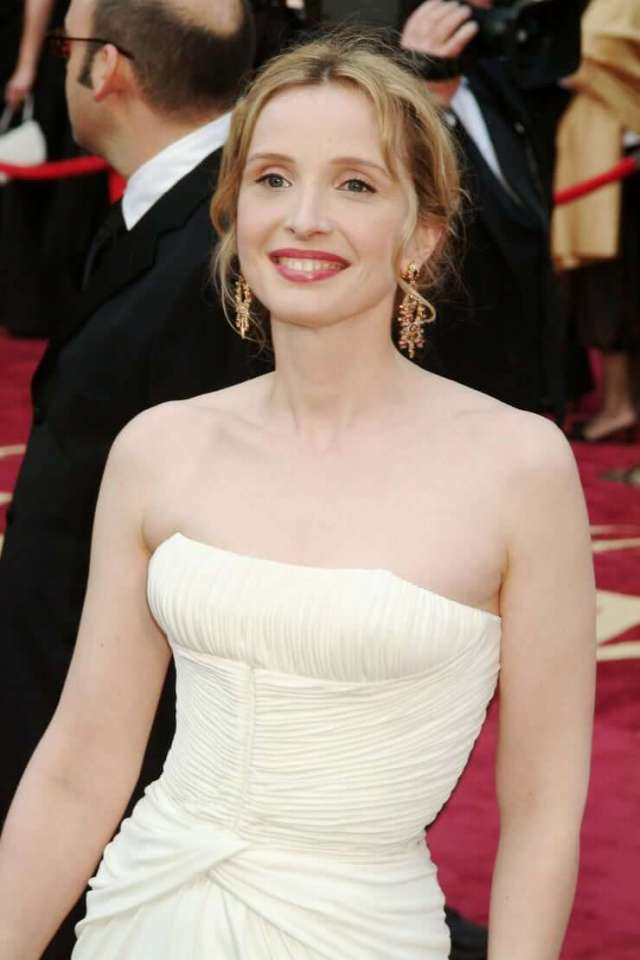 Julie Delpy sexy picture