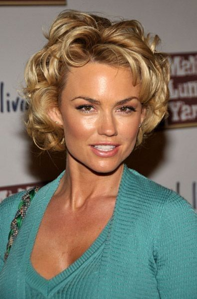 Kelly Carlson Beautifull Pics