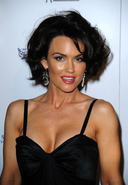 Kelly Carlson Short Hair