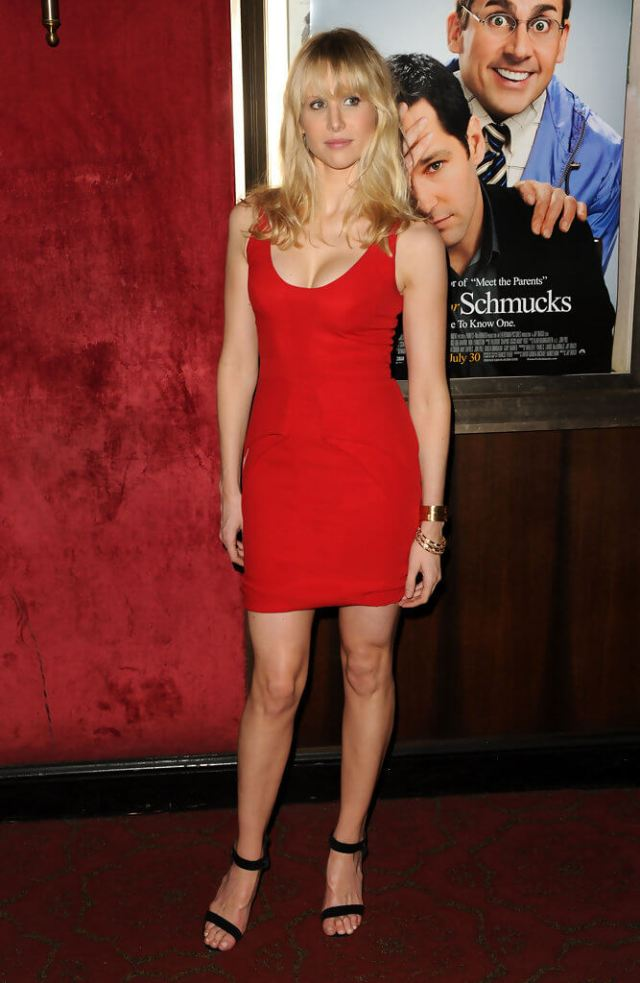 Lucy Punch hot red dress