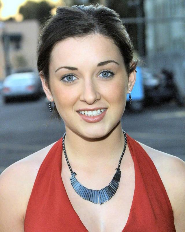 Margo Harshman on Photoshoot Pics