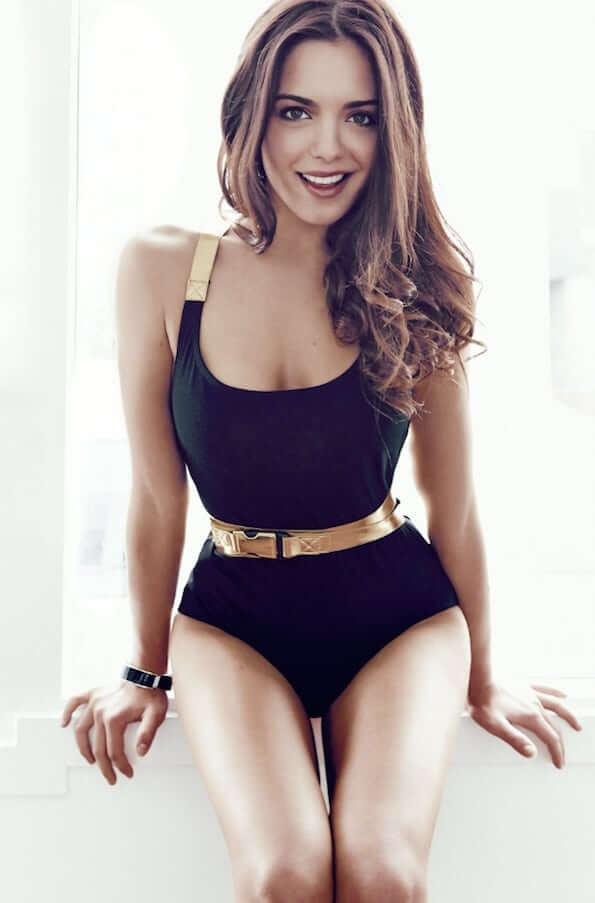 Olympia Valance hot pictures