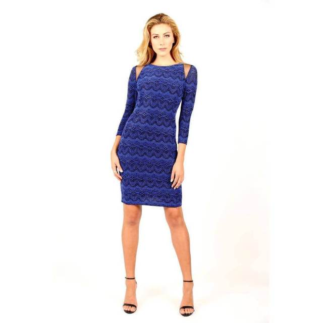 Perry Mattfeld sexy blue dress pic