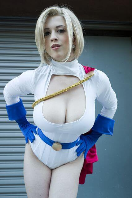 Power Girl sexy cleavages