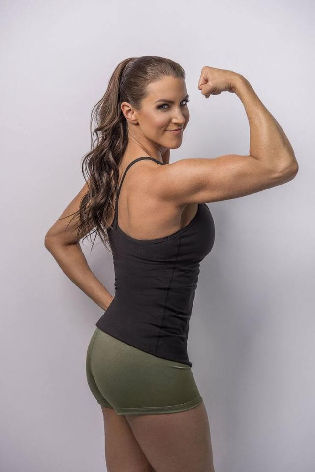 Stephanie mcmahon hot side picture
