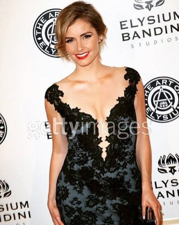 brianna brown sexy cleavage