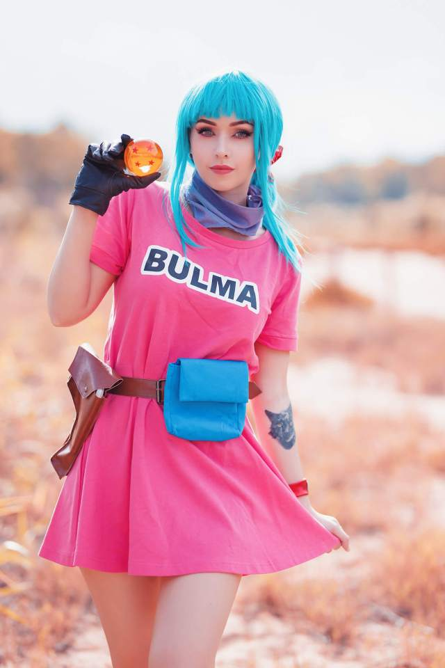 bulma thighs photo