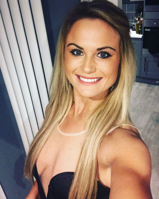 carly booth cleavage