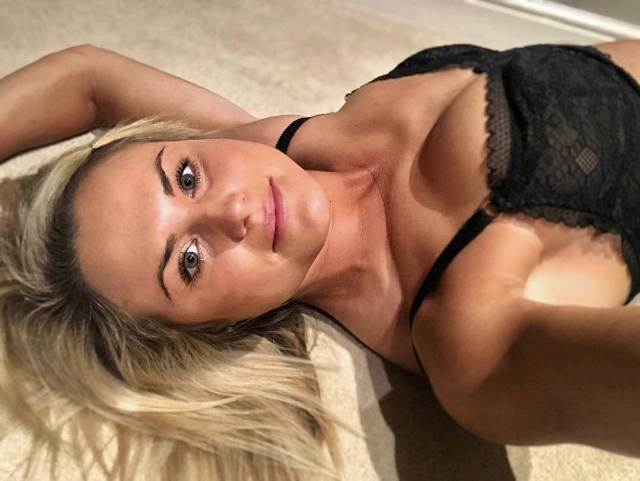 carly booth lingerie piics