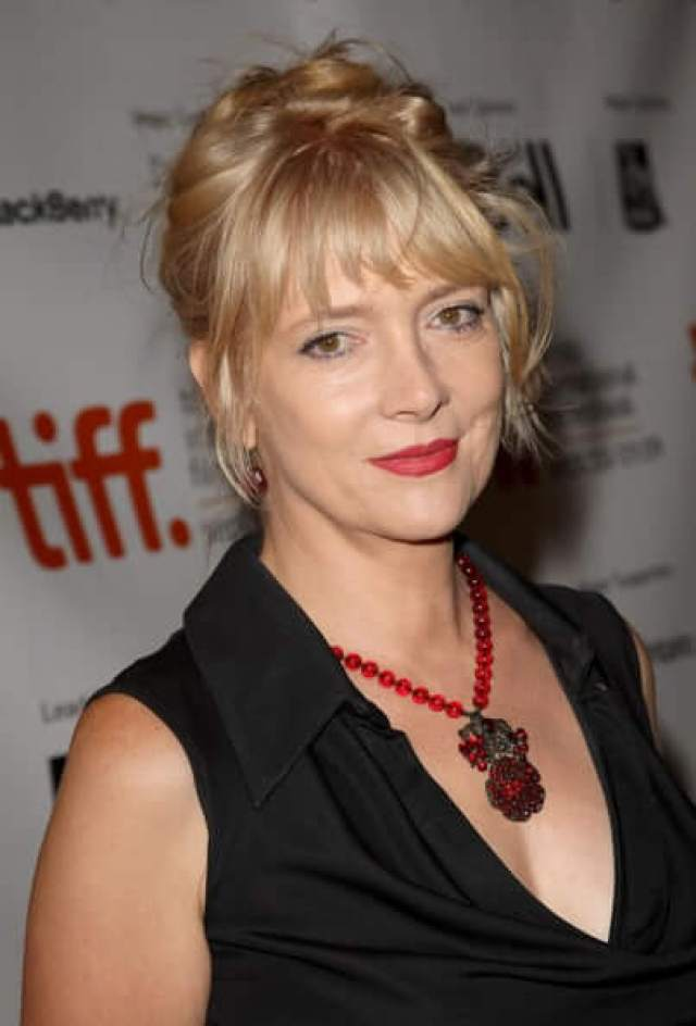 glenne headly red lips