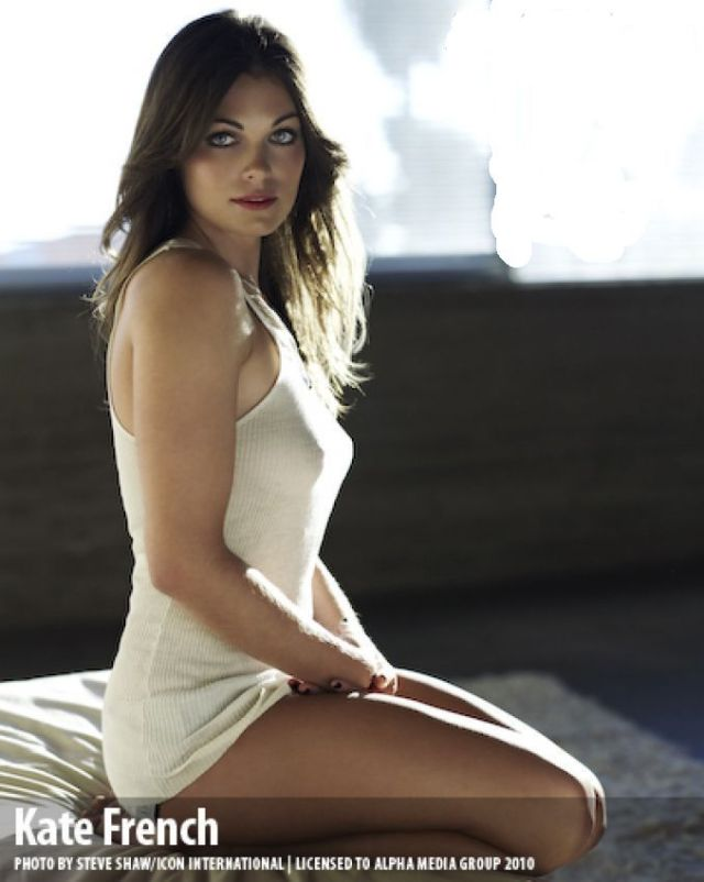 kate french thighs pics