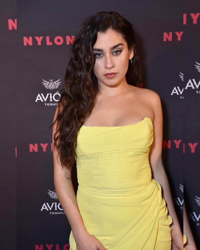 lauren jauregui superb