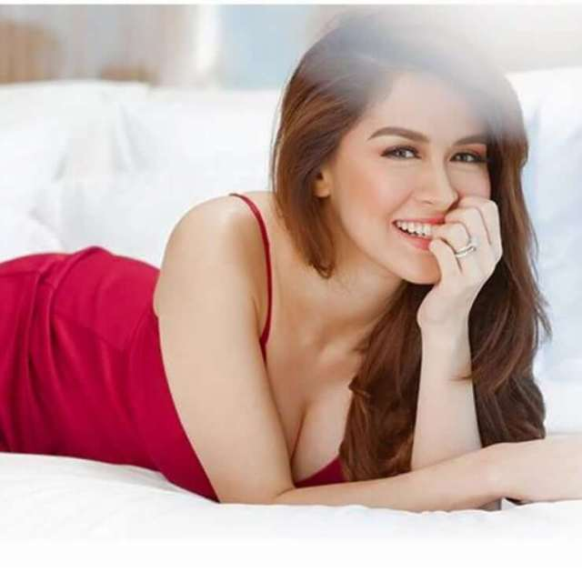 marian rivera on the bed