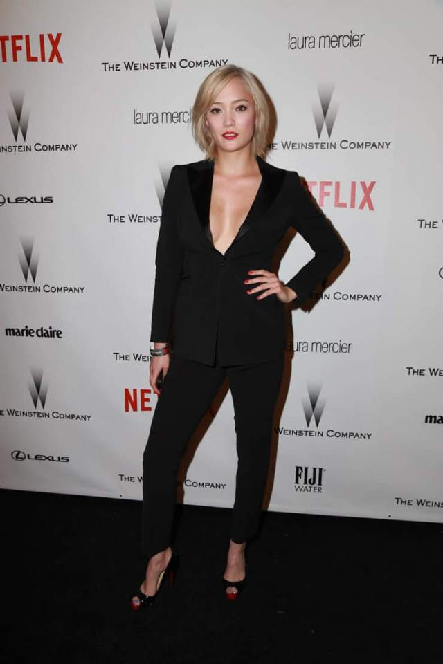 pom klementieff sexy cleavage