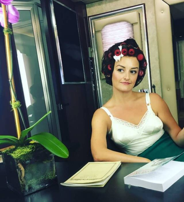 Alison Wright awesome cleavage