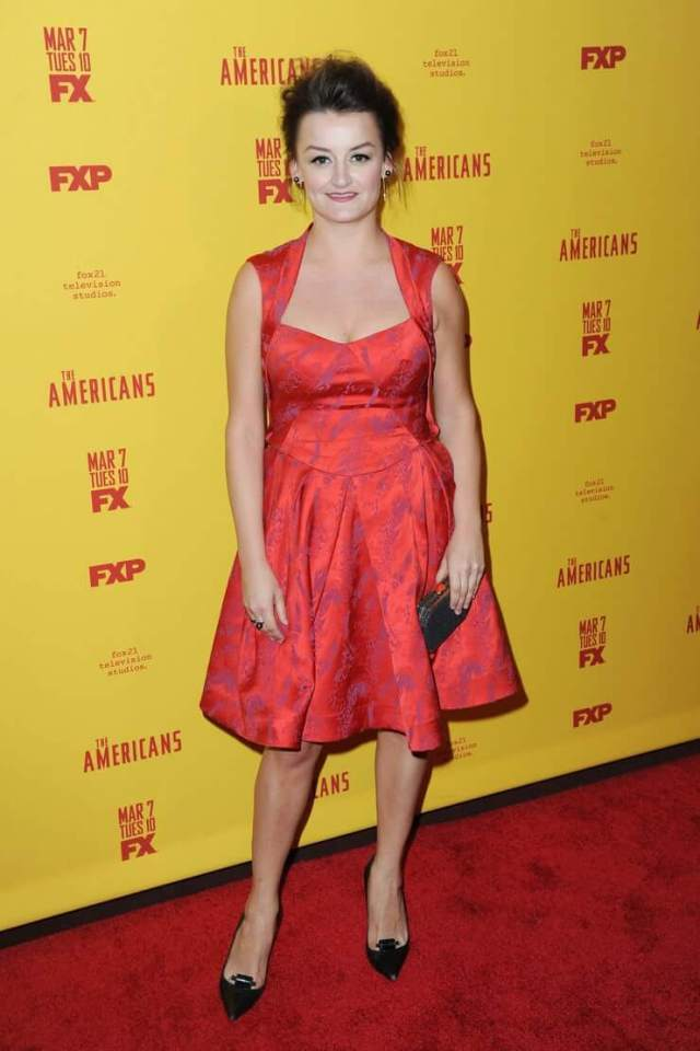 Alison Wright cleavage pictures