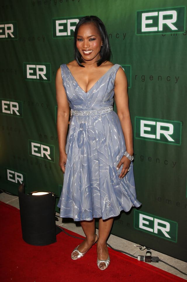 Angela Bassett awesome pictures (2)