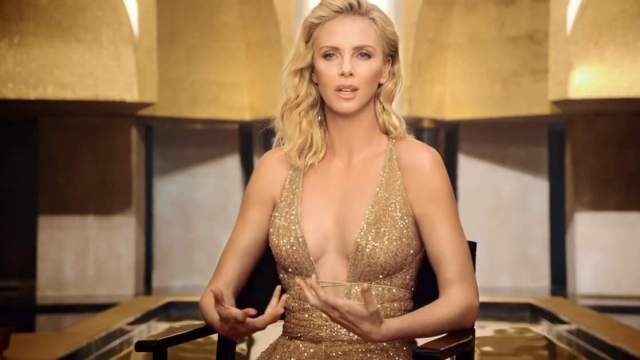 Charlize Theron sexy cleavage pic