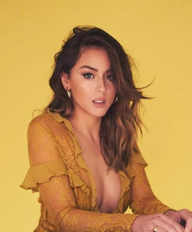 Chloe Bennet sexy busty pictures