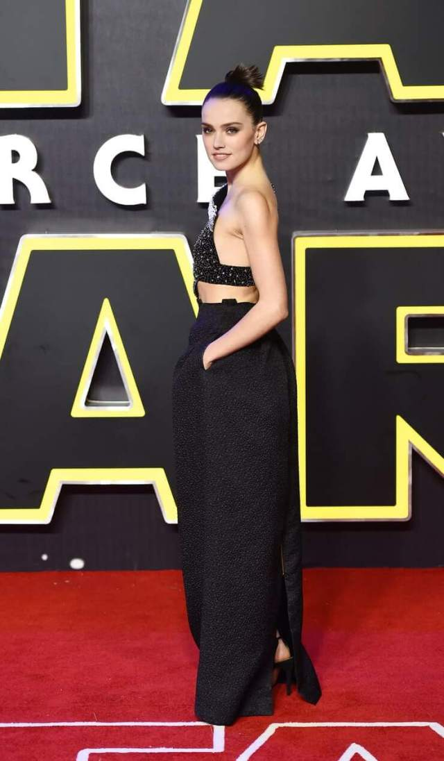 Daisy Ridley booty pictures (3)
