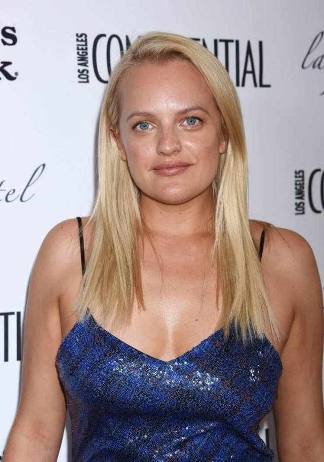 Elisabeth Moss sexy cleavage