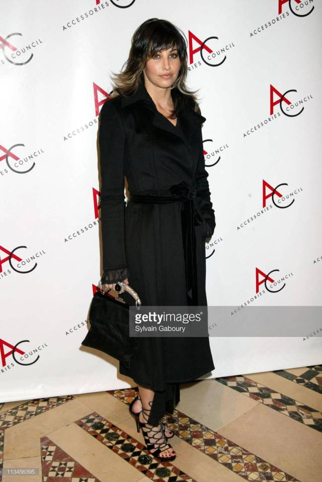 Gina Gershon hot black dres