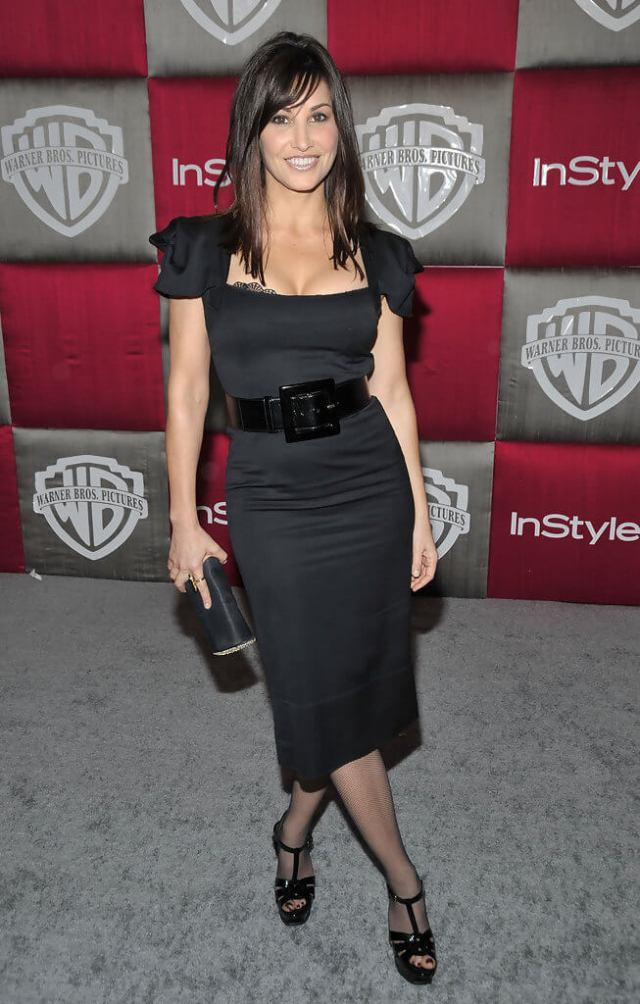 Gina Gershon hot black dress pic