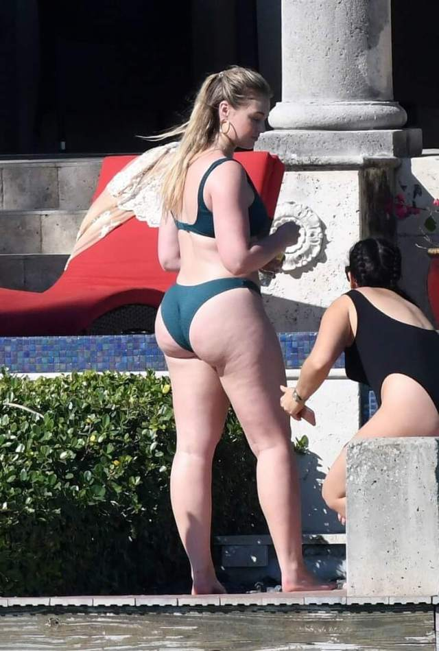 Iskra lawrence hot ass picture (3)