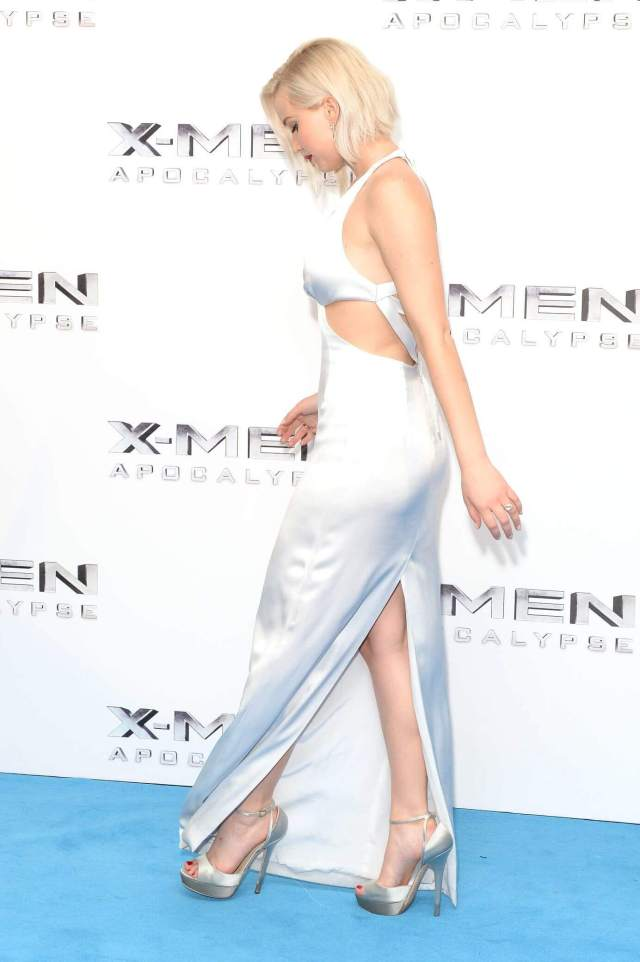Jennifer Lawrence hot picture (2)