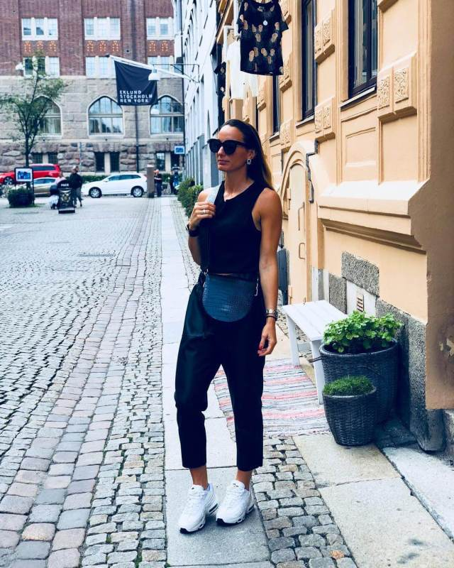 KOSOVARE ASLLANI sexy tite dress