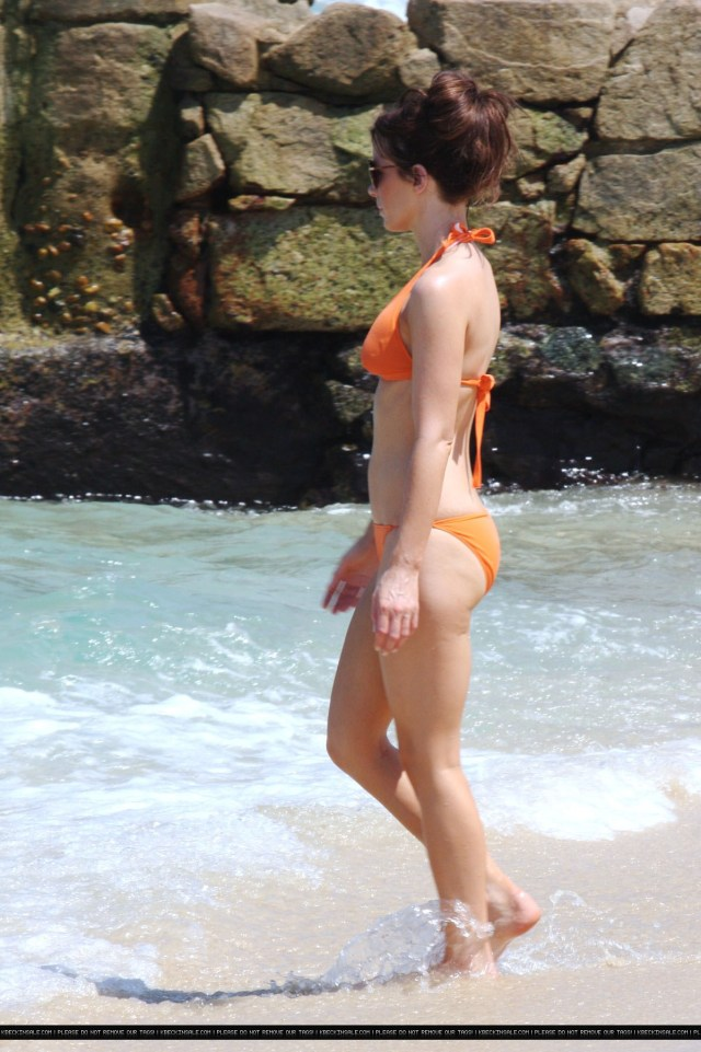Kate-Beckinsale awesome butt (2)