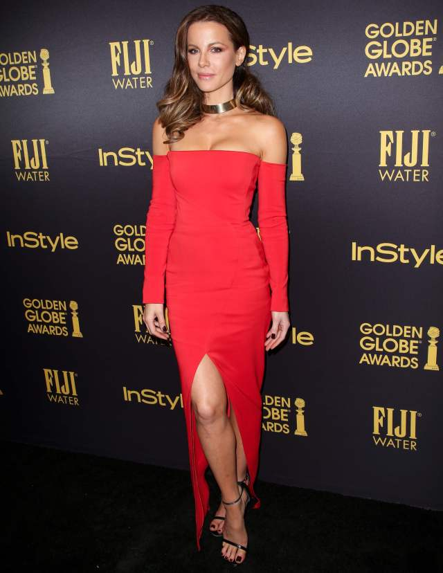 Kate Beckinsale sexy red dress
