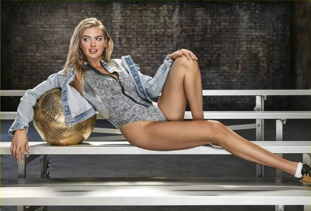 Kate Upton sexy thighs (2)