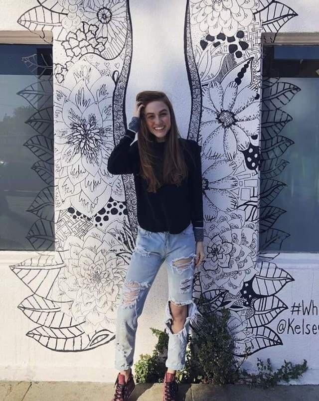 Madison Lintz awesome pictures