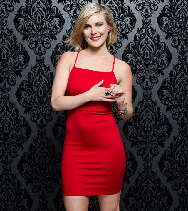 Renee-Young-hot-pic