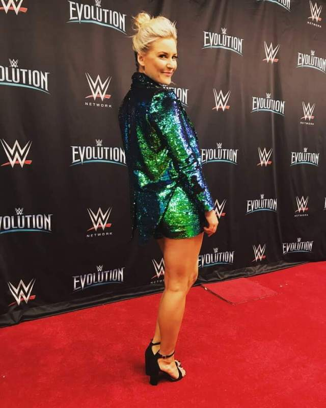 Renee Young sexy butt