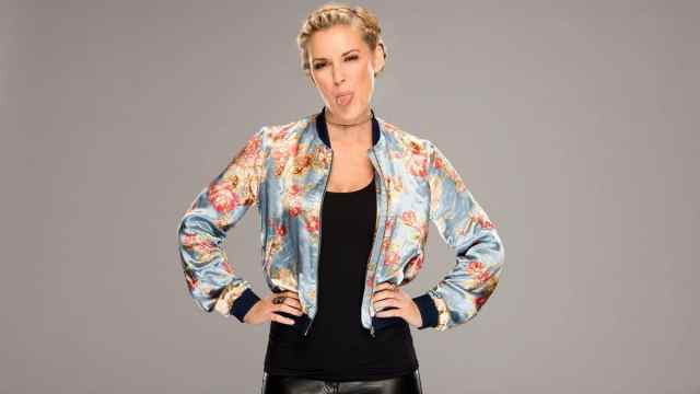 Renee-Young-sexy-pictures-2