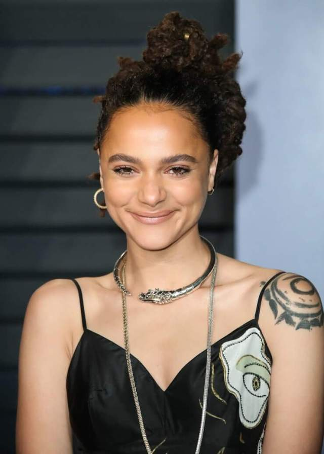 Sasha Lane cute smile (4)