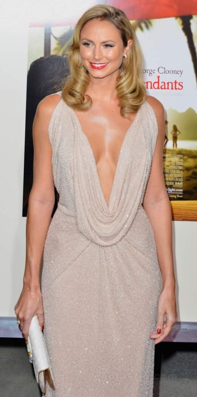 Stacy Keibler awesome pics (3)