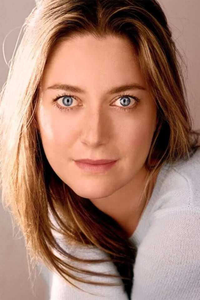 Zoe Perry pictures