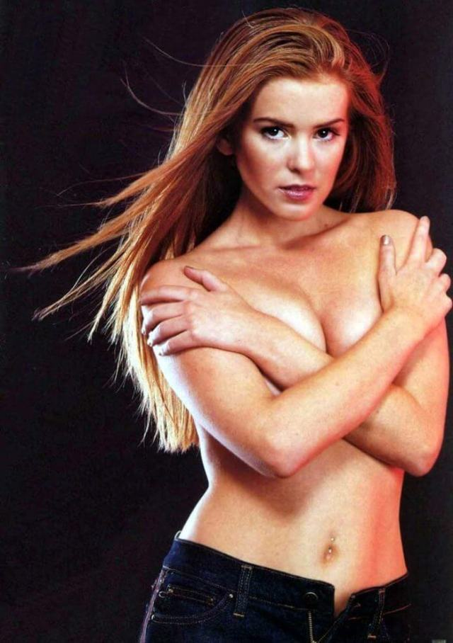 isla-fisher-topless-