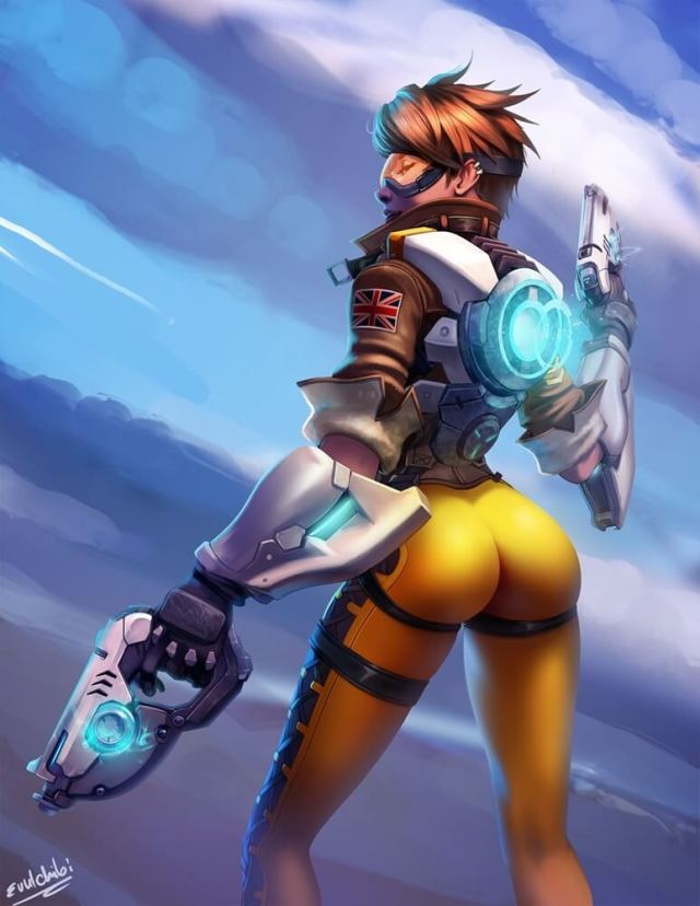 tracer hot booty
