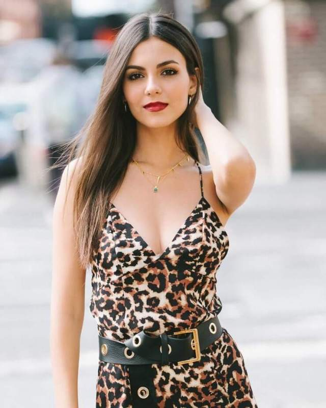 victoria justice awesome pic